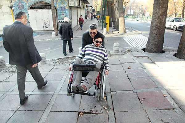 چشم بسته شهر به مشکلات نابینایان