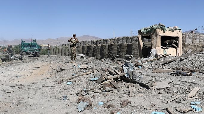 ۵۱ کشته ۱۶۰ زخمی در دو حمله انتحاری در افغانستان