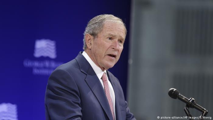 انتقاد جرج بوش از سیاست های ترامپ | ناسیونالیسم سفید لکه ننگ اعتبار آمریکاست