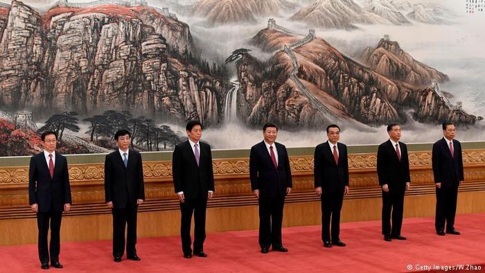 معرفی هیأت رهبری چین و سنتشکنی در حزب کمونیست