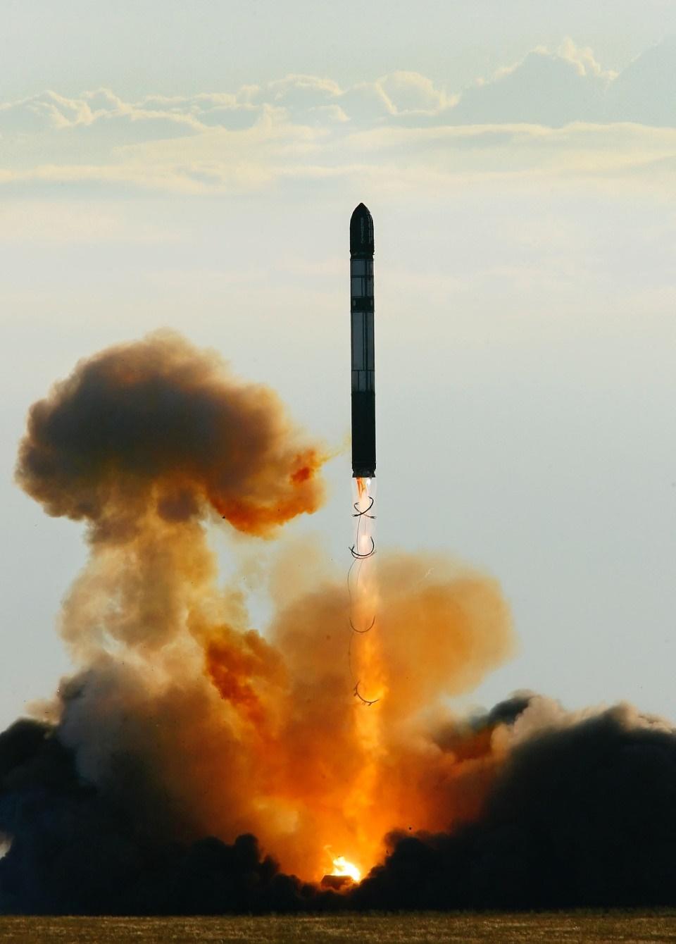 روسیه چهار موشک بالستیک با قابلیت حمل کلاهک هستهای آزمایش کرد
