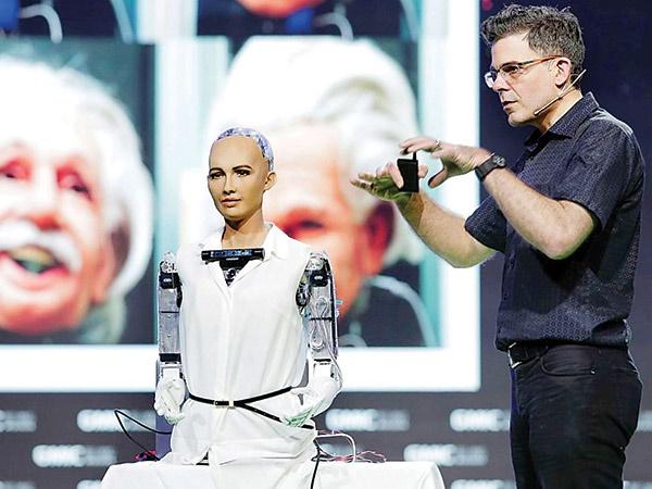 جنجال دادن حق شهروندی به یک روبات در عربستان