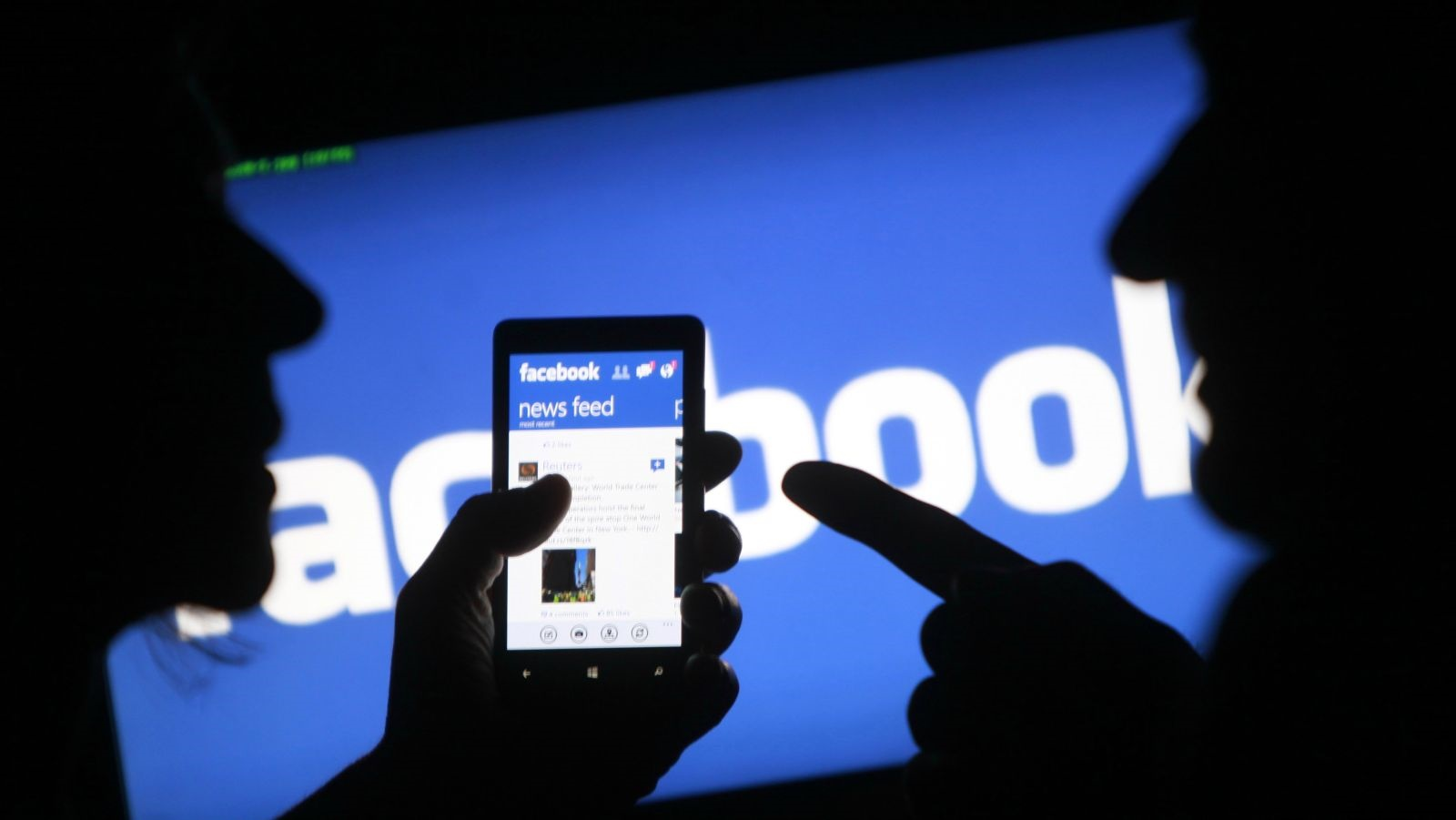 فیسبوک به مکالماتتان گوش نمیدهد