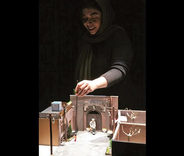 تئاتر، تئاتر است عروسکی و غیر عروسکی ندارد