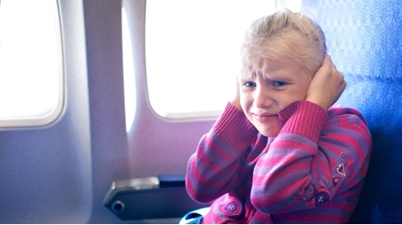 نکته بهداشتی: گوش درد در سفر هوایی