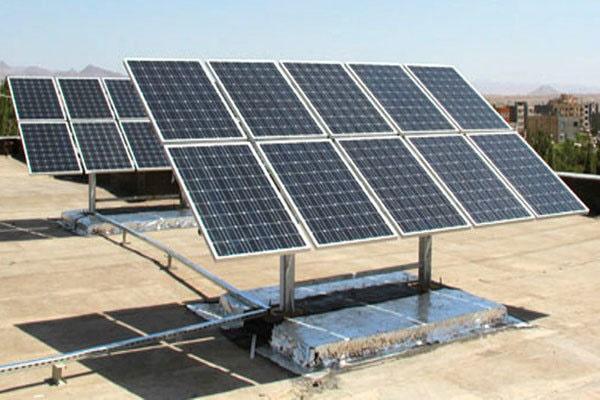 نیروگاه خورشیدی ۱۰۰ مگاواتی راهاندازی میشود