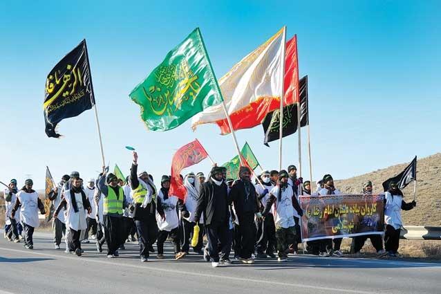 ۹۰۰ کاروان زائران پیاده در مسیر مشهدالرضا | آمدم ای شاه، پناهم بده