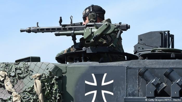 انتقاد از ادامه فروش سلاح آلمان به عربستان