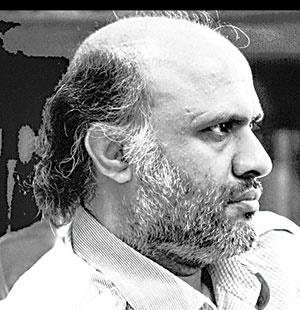 محمدحسن شهسواری رماننویس و مدرس ادبیات