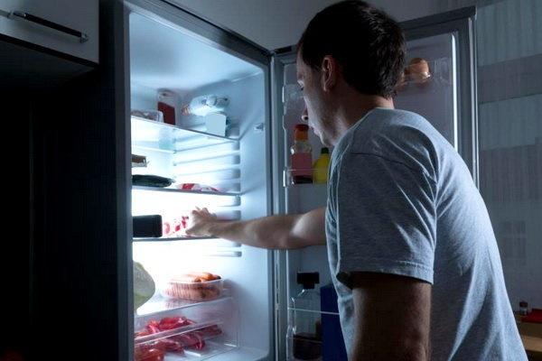 ارتباط غذاخوردن نیمه شب و افزایش ریسک دیابت