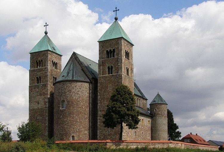 کلیسای سنت مری؛ لهستان