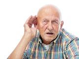 نکته بهداشتی: تأثیر نقصان شنوایی بر سلامت مغز