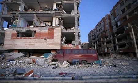 حراج خیریه نگارخانه مژده برای زلزلهزدگان غرب