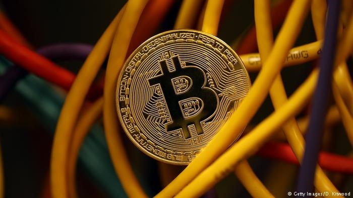 معمای پول سایبری بیت کوین | بیت کوین چیست؟