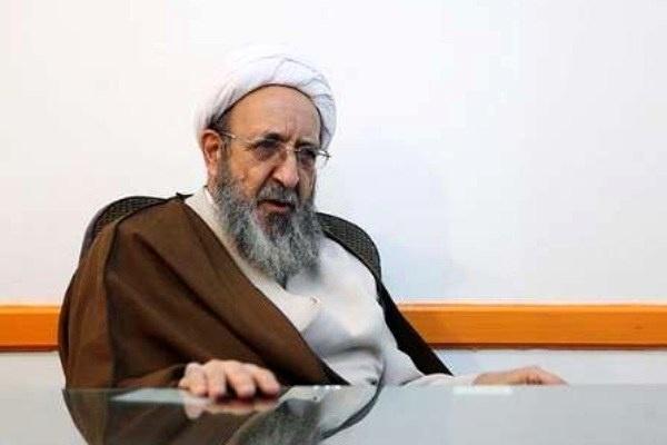 هادی غفاری: احمدینژاد هر بار یکی از شخصیتهای نظام را تخریب میکند