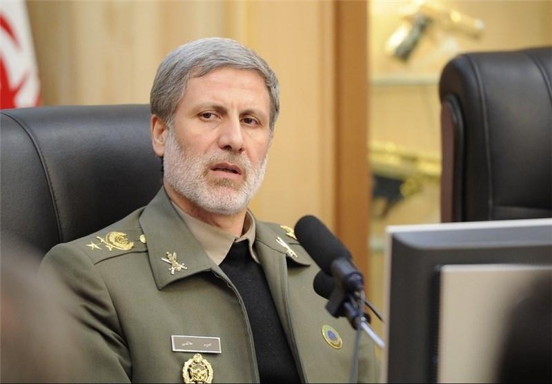 وزیر دفاع: قطعات موشکهای ادعایی آمریکا باید برای بررسی به ایران تحویل شود