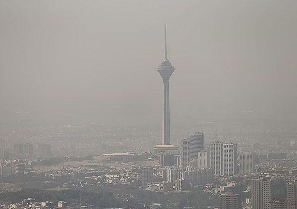 تهرانیها از ابتدای سال جاری تاکنون ۶۳ روز هوای ناسالم تنفس کردند
