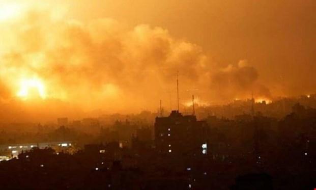 بمب افکن های رژیم صهیونیستی چندین بار غزه را بمباران کردند