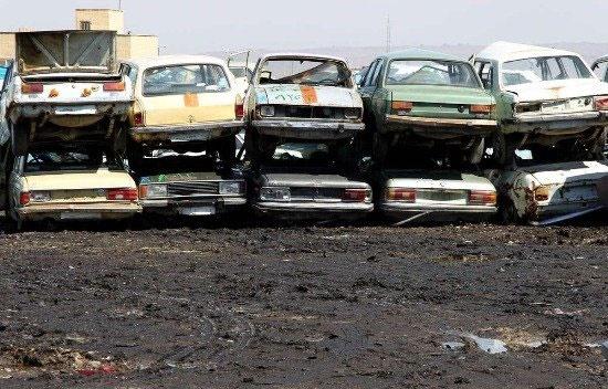 وجود یک میلیون و ۳۵۰ هزار خودروی فرسوده در کشور