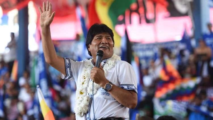 مورالس: گواتمالا کرامت خود را به آمریکا فروخت