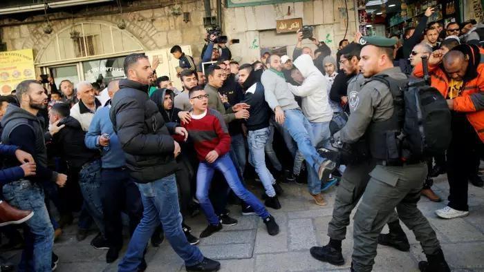۲ شهید و بیش از ۱۱۰۰ زخمی در درگیریهای اخیر نظامیان صهیونیست با مردم فلسطین