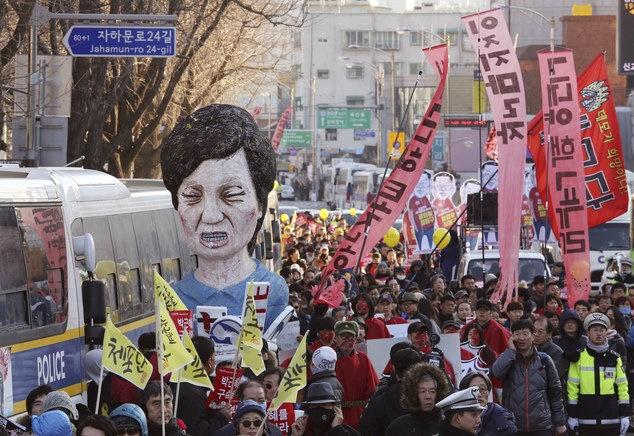 راهپیمایی گسترده حامیان و مخالفان رئیس جمهور کره جنوبی
