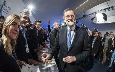 نخست وزیر اسپانیا بار دیگر به ریاست حزب حاکم مردم انتخاب شد