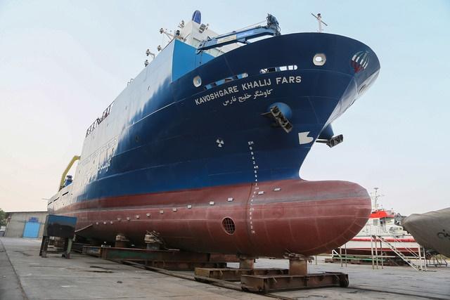 «کاوشگر خلیجفارس» به آب انداخته شد