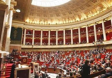 درخواست پارلمان فرانسه از اولاند برای به رسمیت شناختن کشور مستقل فلسطین