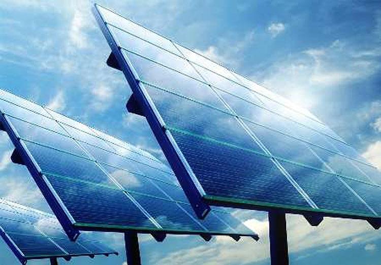 افتتاح بزرگترین نیروگاه خورشیدی کشور در همدان