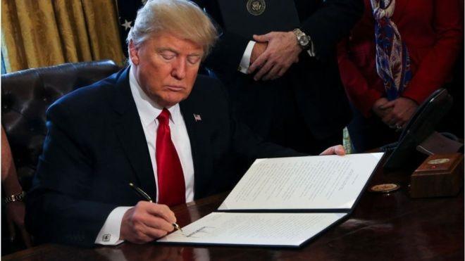 پیوستن ۳۰ شرکت دیگر به جبهه نبرد علیه ترامپ