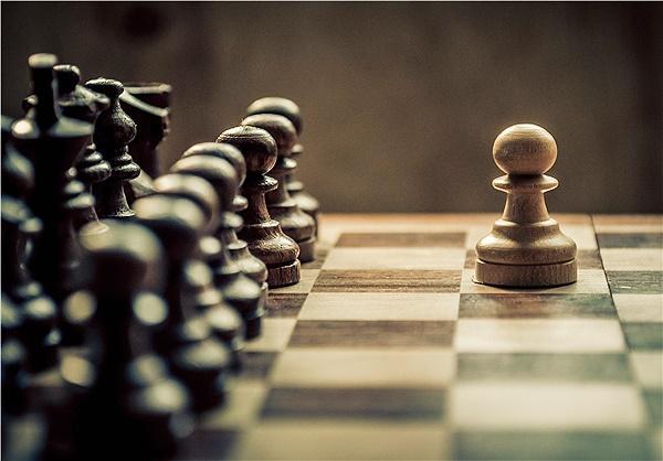 تعداد حرکات بازی شطرنج از تعداد اتمهای جهان هستی بیشتر است