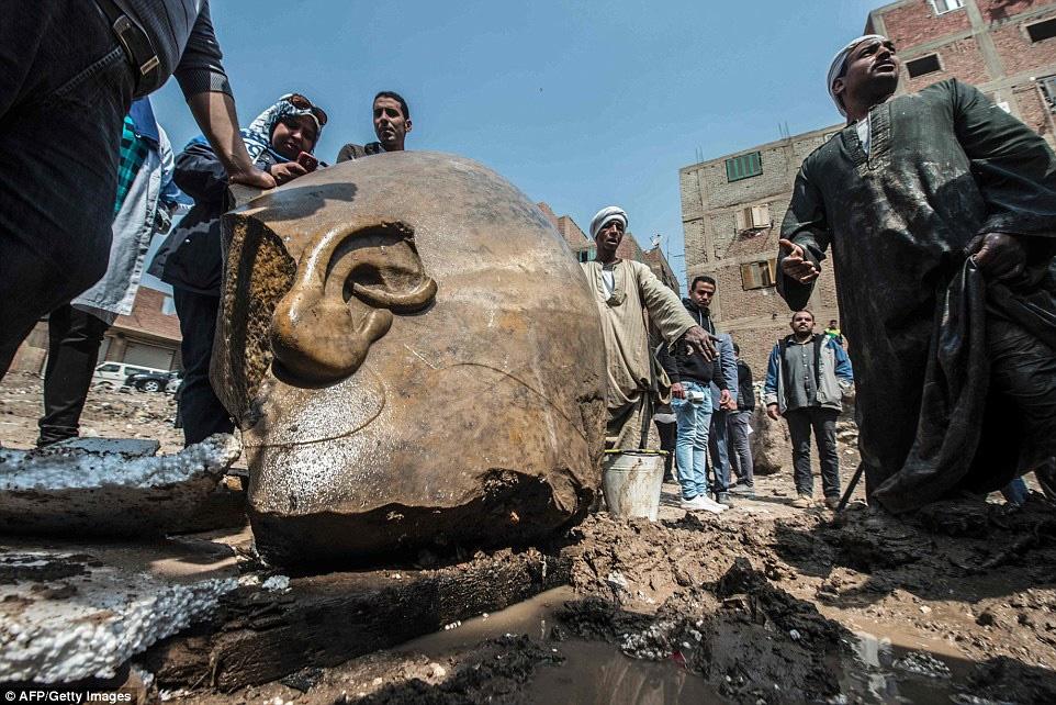 کشف مجسمه ۳هزار ساله رامسس دوم در قاهره