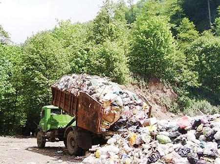 دفن روزانه بیش از ۶ هزارتن زباله در جنگلهای شمال کشور