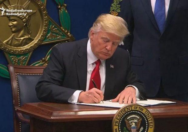 دستور ترامپ برای استعفای ۴۶ دادستان دوران اوباما