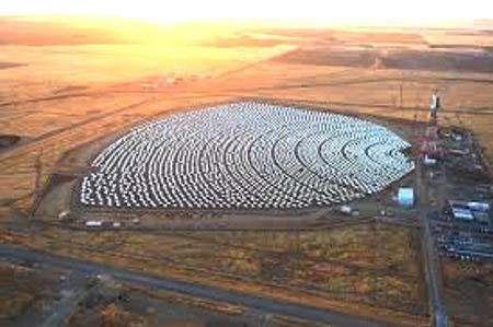 مزرعههایی در کویر برای تامین انرژی و کنترل ریزگردها