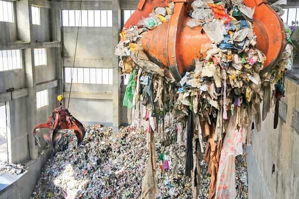 ظرفیت تولید ۵۰مگاوات ساعت برق از زباله