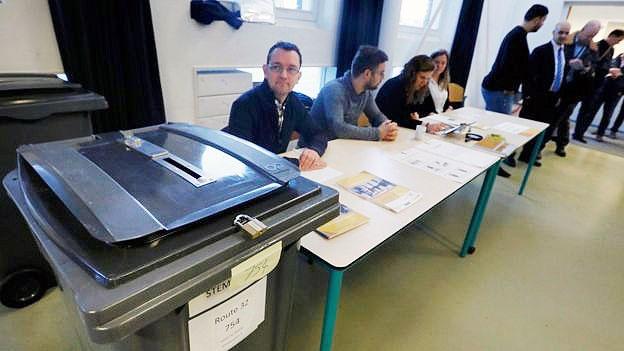 رایگیری در انتخابات پارلمانی هلند آغاز شد