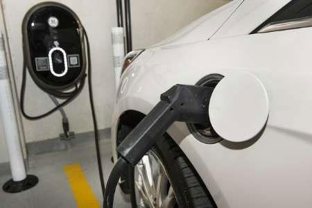 کاهش ۷۰ درصدی آلودگی هوای پایتخت با جایگزینی خودروهای برقی