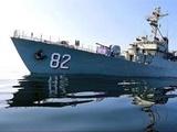 ناو گروه ۴۵ نیروی دریایی ارتش در بندر صلاله عمان پهلو گرفت