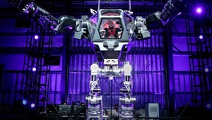 آزمایش روبات غول پیکر توسط بنیانگذار آمازون
