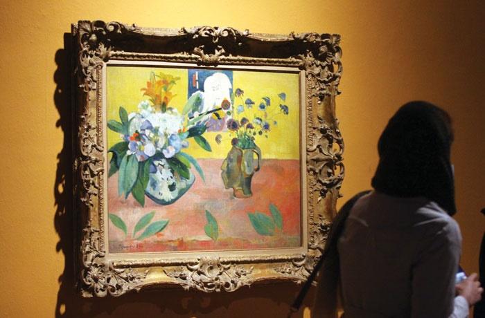 بهاری از رنگها با نقاشیها و نورها