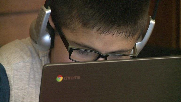 جاسوسی شرکتهای فناوری از دانشآموزان آمریکایی