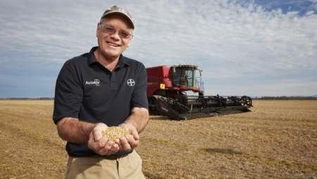 کشاورز نیوزیلندی رکورد برداشت گندم در جهان را شکست