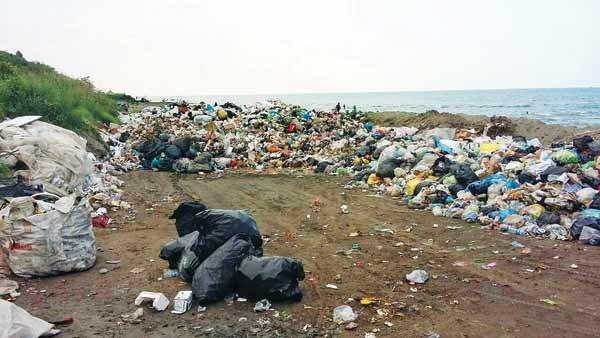 گردشگران برای حل معضل پسماند در شمال کشور عوارض بدهند