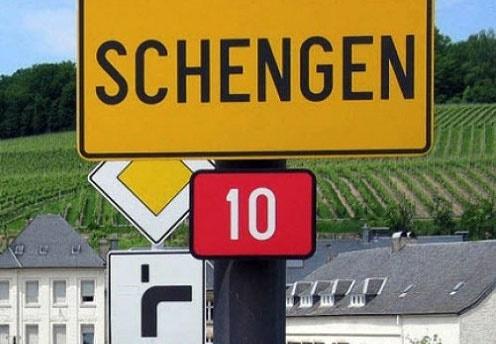 صفهای طولانی و دردسرهای مسافران به خاطر کنترل مرزهای بیرونی شنگن