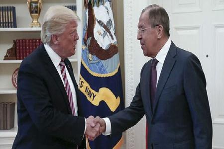 ترامپ در دیدار با لاوروف خواستار فشار روسیه بر ایران و سوریه شد