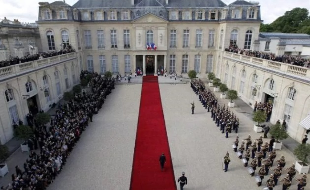 مراسم تحلیف رئیس جمهور جدید فرانسه برگزار شد