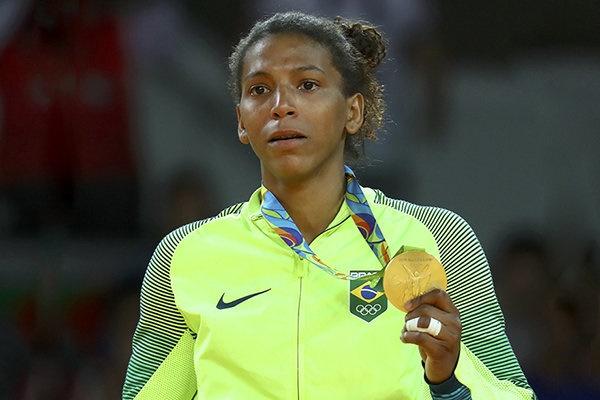 حکایت دختر فقیری که قهرمان المپیک و جهان شد