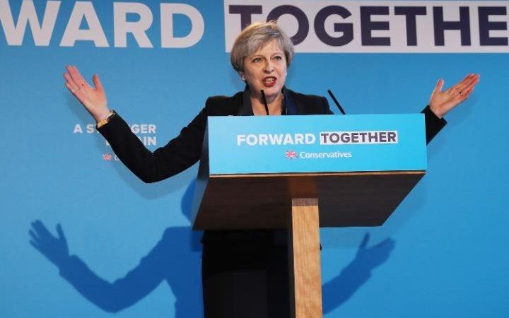 سقوط آزاد حزب محافظهکار در آستانه انتخابات انگلیس